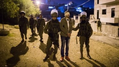 Photo of Israeli forces arrest six Palestinians in the West Bank