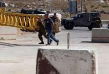 Photo of Israeli forces blockade Nablus-district town for third consecutive day
